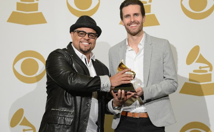 "Israel Wins Grammy for ""Your Presence is Heaven""!"